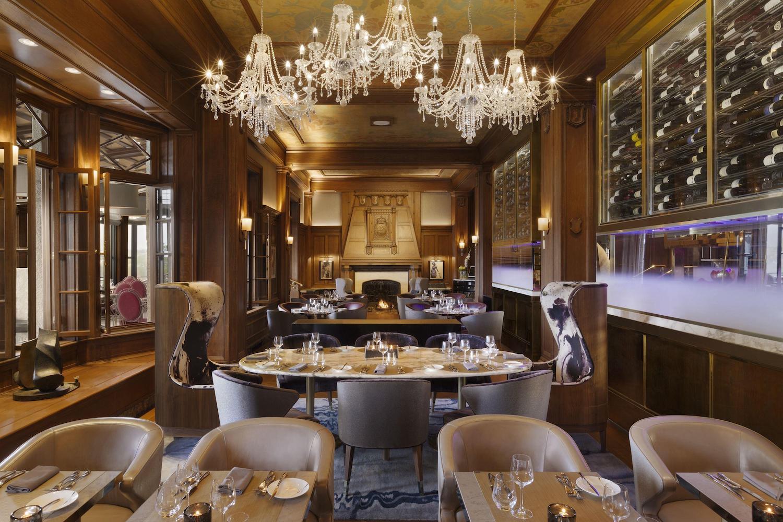 Champlain dining room - Fairmont Le Château Frontenac