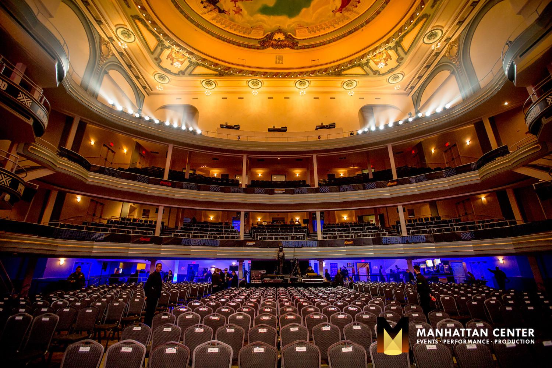 NYXL in the Hammerstein Ballroom. Photo Credit: Mark Doyle