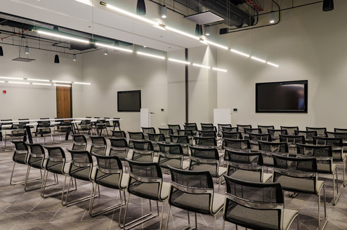 The Marquee Conference Center is equipped with built-in AV to ensure you stay connected in person and virtually. Joni Kat Anderson Photography