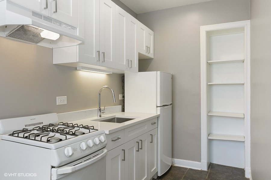 Kenmore 304 Kitchen.jpg