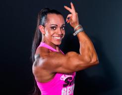 Treinando na Quarentena com Larissa Cunha