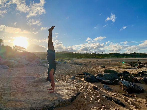 Adho-Mukha-Vrksasana---Handstand---Joao-