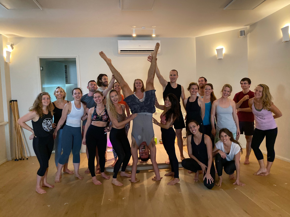 Handstand Workshop Crew: Dec 2019