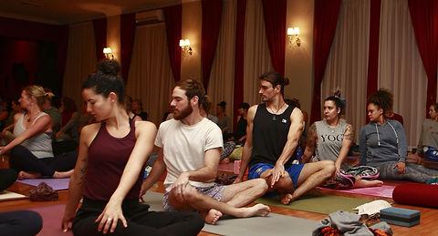 Yoga Flow Release Class - Joao da Costa
