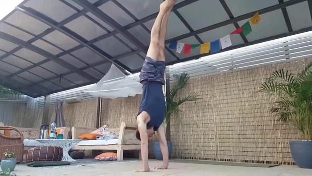 Handstand jump up practice - Joao da Costa Yoga