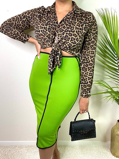Lady in Lime Skirt (8)