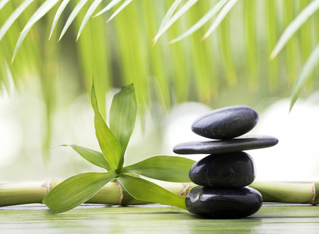 What is Hot Stone and Cold Stone Therapy ?