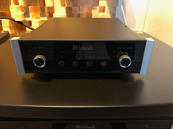 McIntosh MP100 - phono versterker