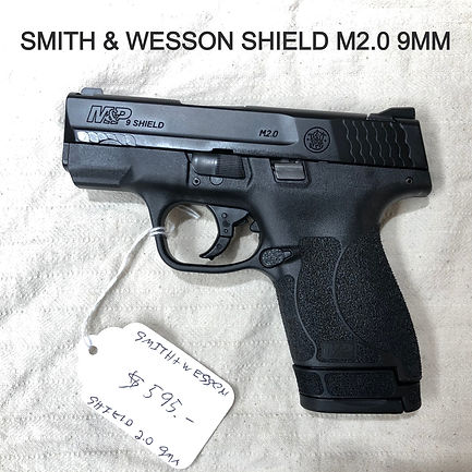 handgun%20-%20smith%20wesson%202_edited.