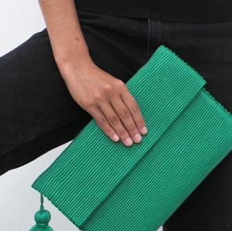 Pais Textil Clutch