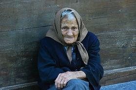 Alte Betteln Frau