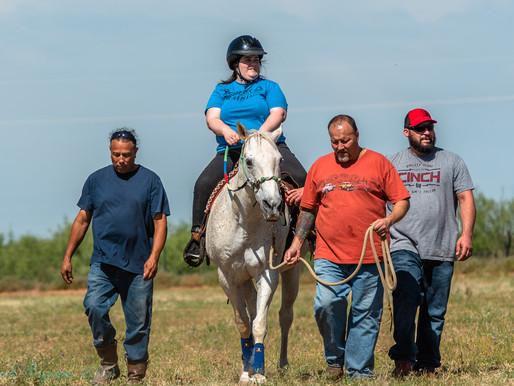 Midland Photo Club Captures Equine Assisted Therapy at H3