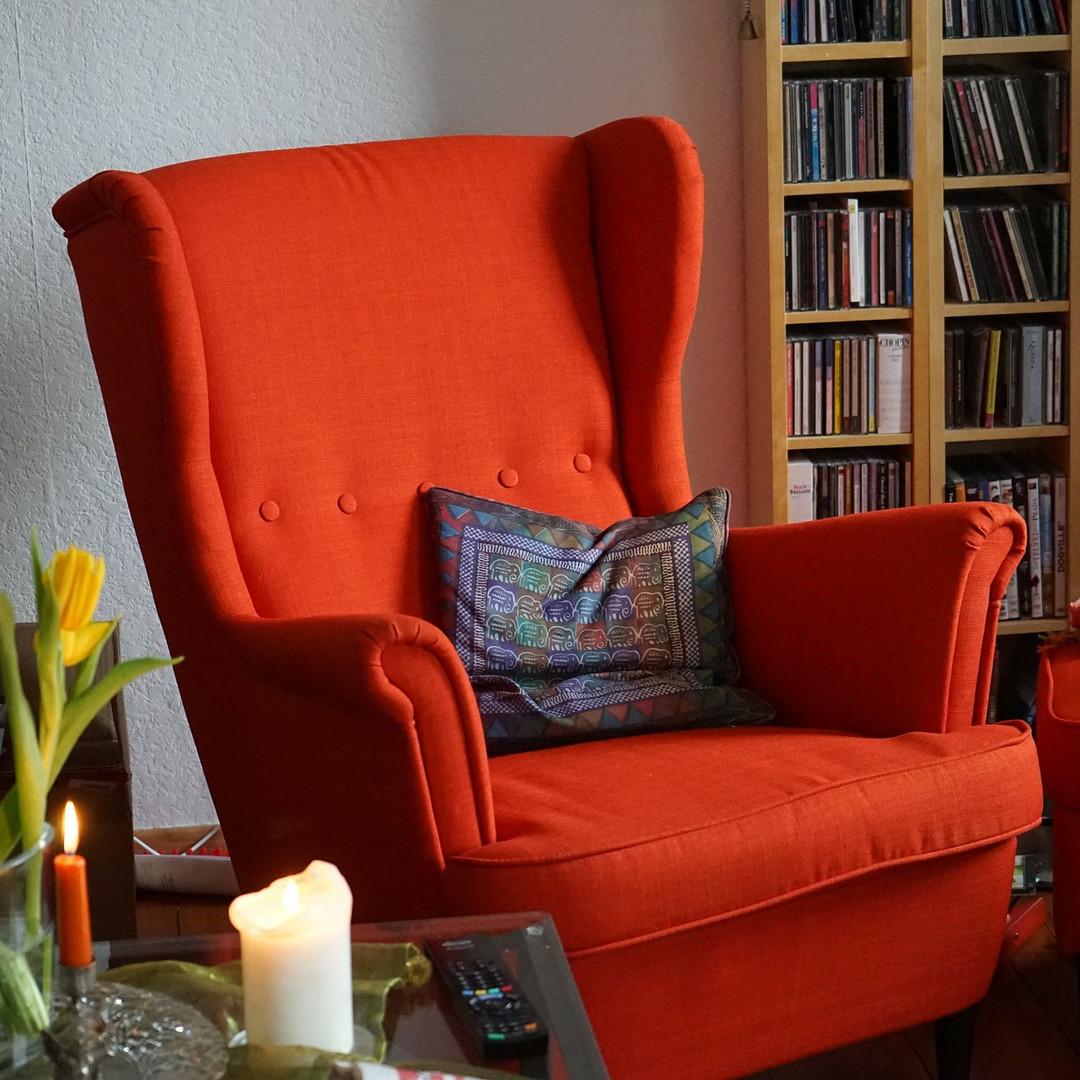 chair-270980_1920.jpg