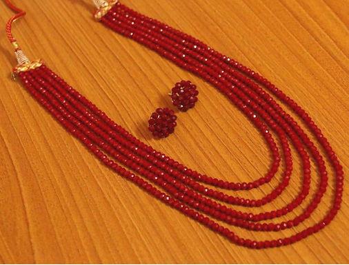 Rode robijn ketting met oorbellen