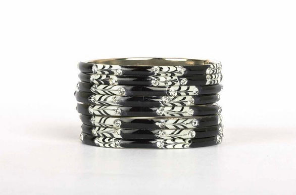 Zwart/ wit armbanden set