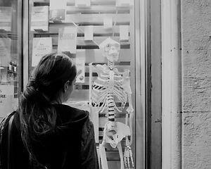 Squelette en papier