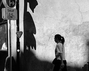 Marcher avec les ombres