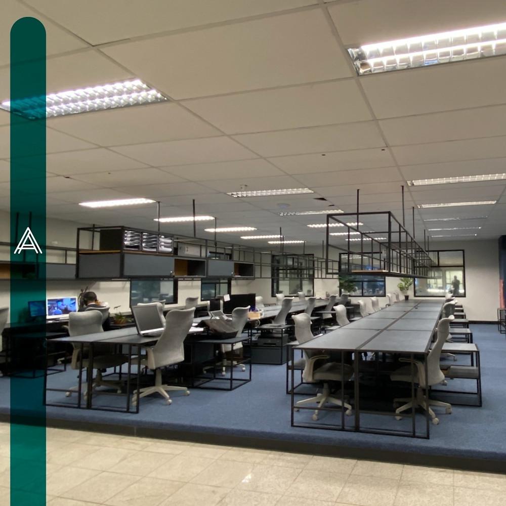 estações de trabalho no akzo coworking na asa norte em Brasília