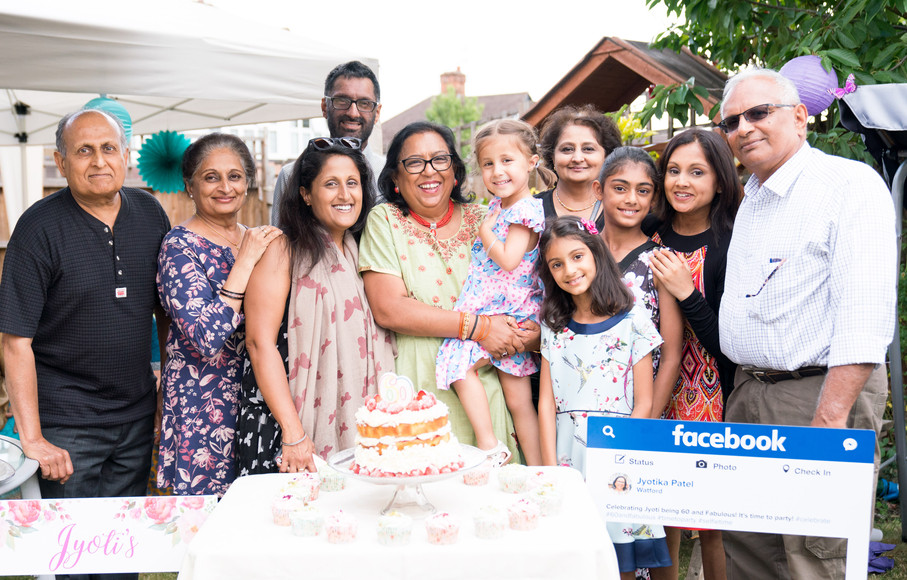 Family Occassion Cake Portraits.jpg