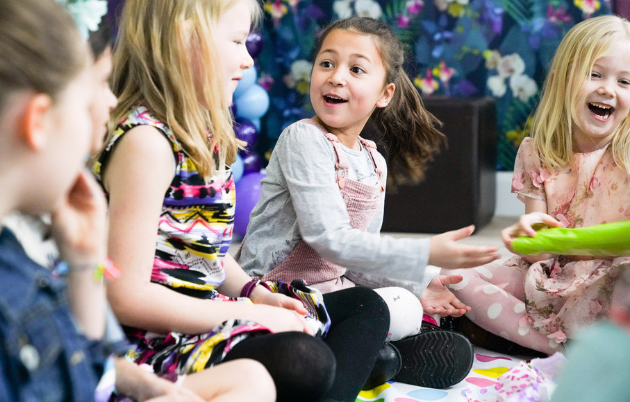 Childrens Party Pass the parcel.jpg