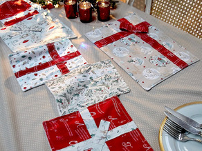 'A Christmas Tail' Place Mats