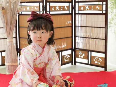 2歳女の子の和装バースデー!おしゃれでかわいいハイセンスな着こなしです!