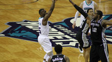 HIGHLIGHTS: Hornets Extend Win-Streak to 4 Straight with 125-116 Win Over the Spurs.