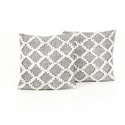 BLACK & CREAM DIAMOND PILLOW