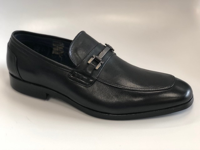 SMM FOOTHILL-150 BLK LOAFER.jpg