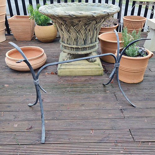 French Table Base