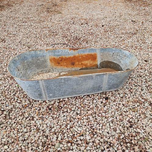 Low Vintage Galvanised Bath 1