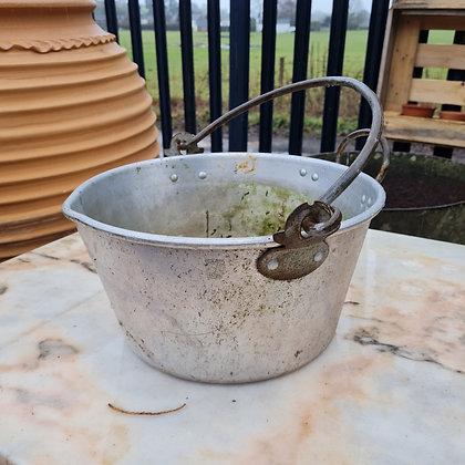 Old Jam Pot