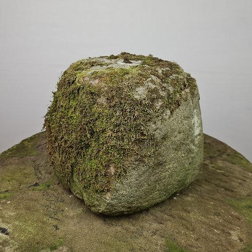 Antique Tether Stone