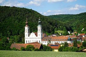 Kloster Pielenhofen unterhalb Haus Rafael