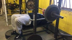 benchpressrack close grip.m4v