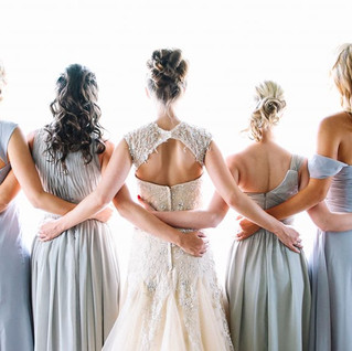 Brautmodengeschäfte stellen in Frankfurt aus