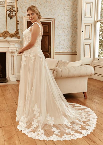plussize-wedding-lounge-brautmode-ingelheim-brautkleider-mainz-wiesbaden-romantica-demelza