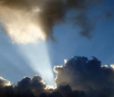 האם לאדם שעשה חטאים קשים יש מחילה בשמים?