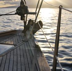 אוניה בלב ים סוער | רחל וינשטיין