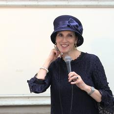הרבנית ימימה מזרחי בשיעור הכנה לחג סוכות