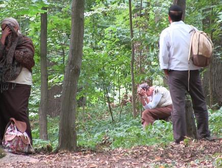 התבודדות בגן סופיה, המסע לאומן