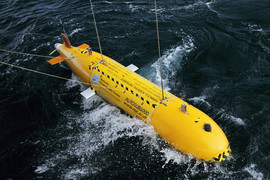 Launching the Autoub6000 AUV