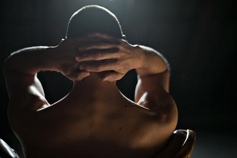 Männerakt - Nacken