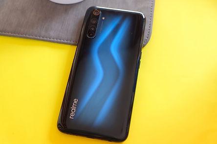 Realme 6 pro back design