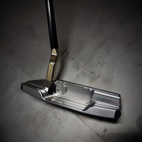 Clean and Simple Putter