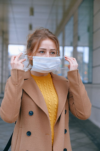 woman-wearing-face-mask-3902882.jpg