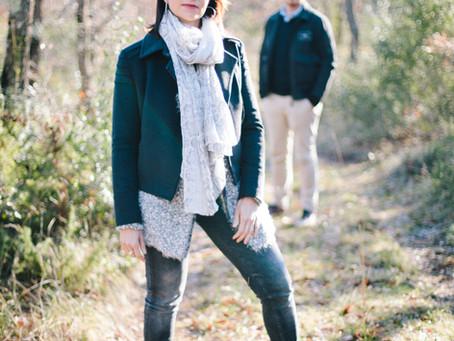 Séance engagement avec Stéphanie et Florent à Pourrieres tout proche d'Aix en Provence.