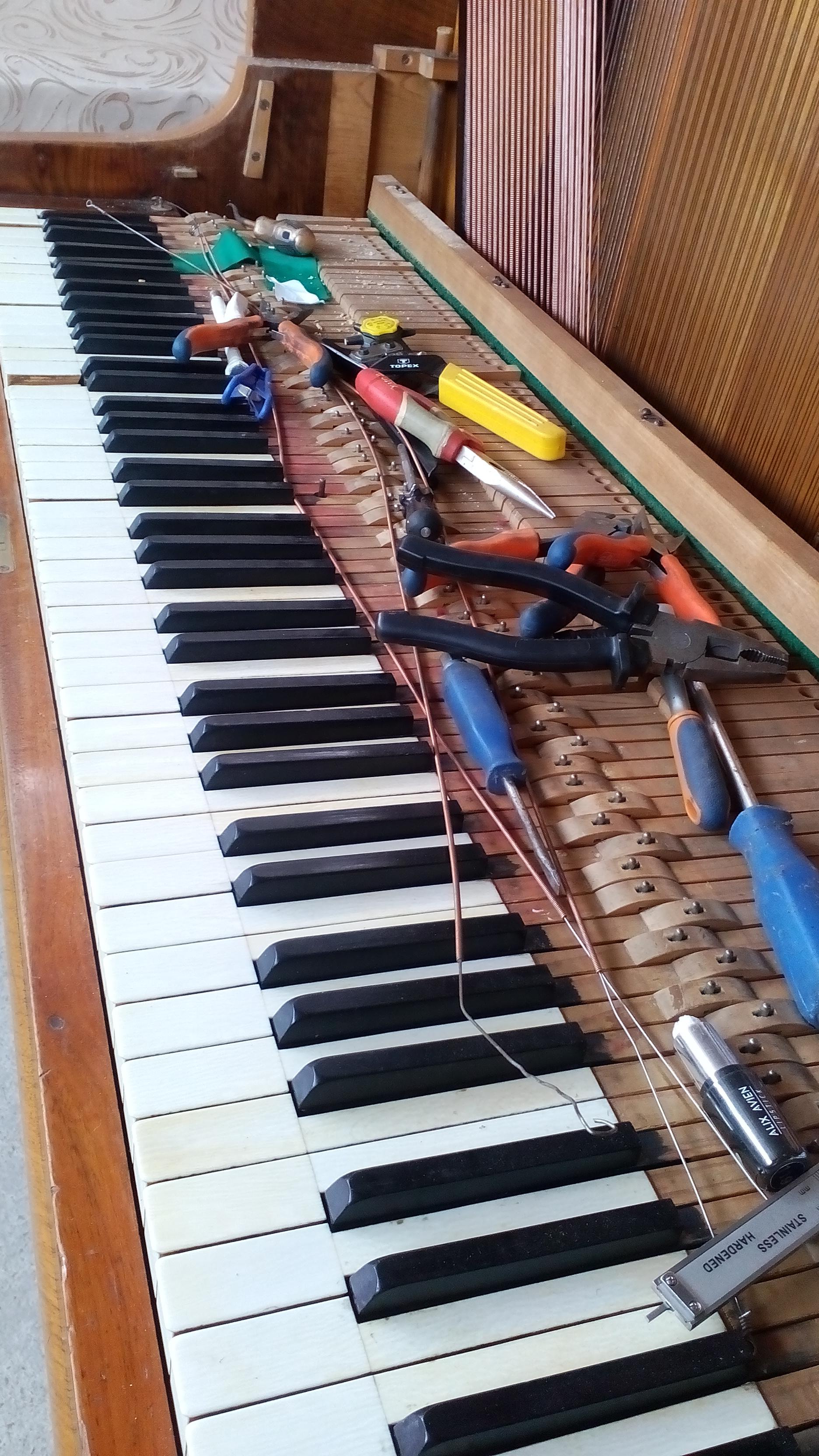 Ремонт фортепиано, реставрация форте