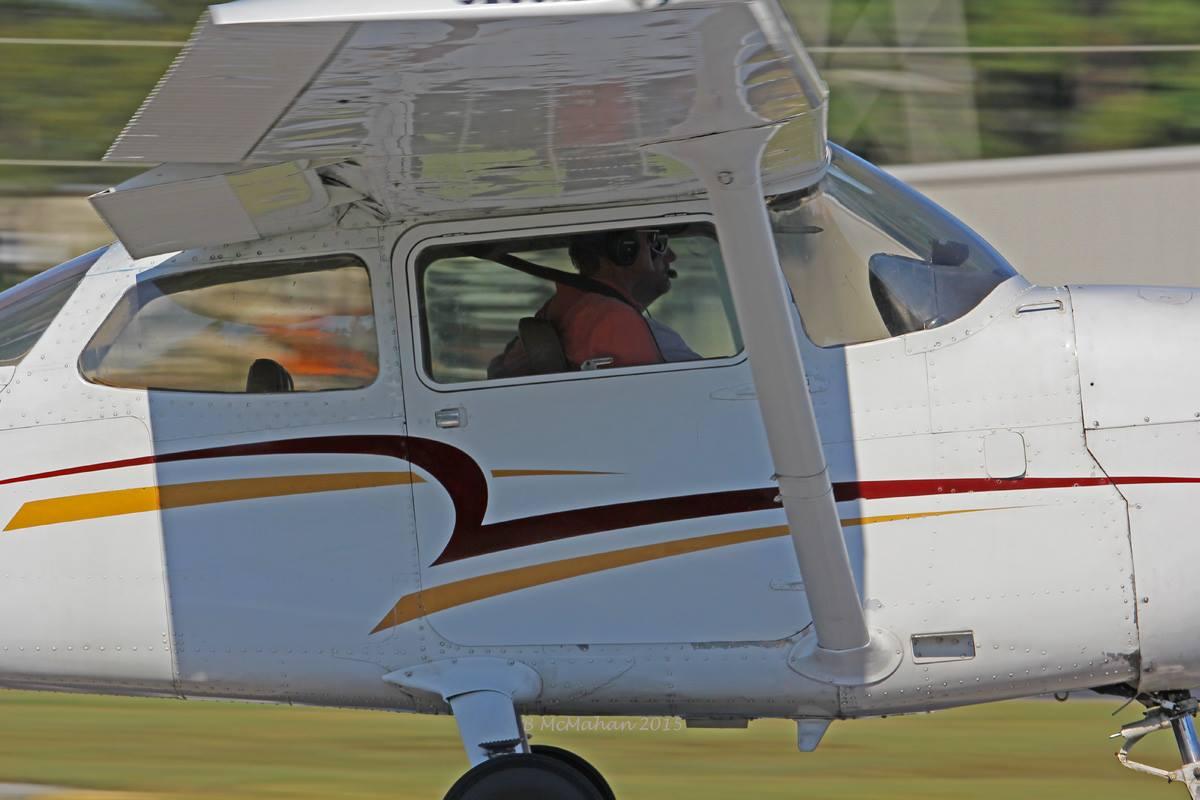 Cessna GE landing