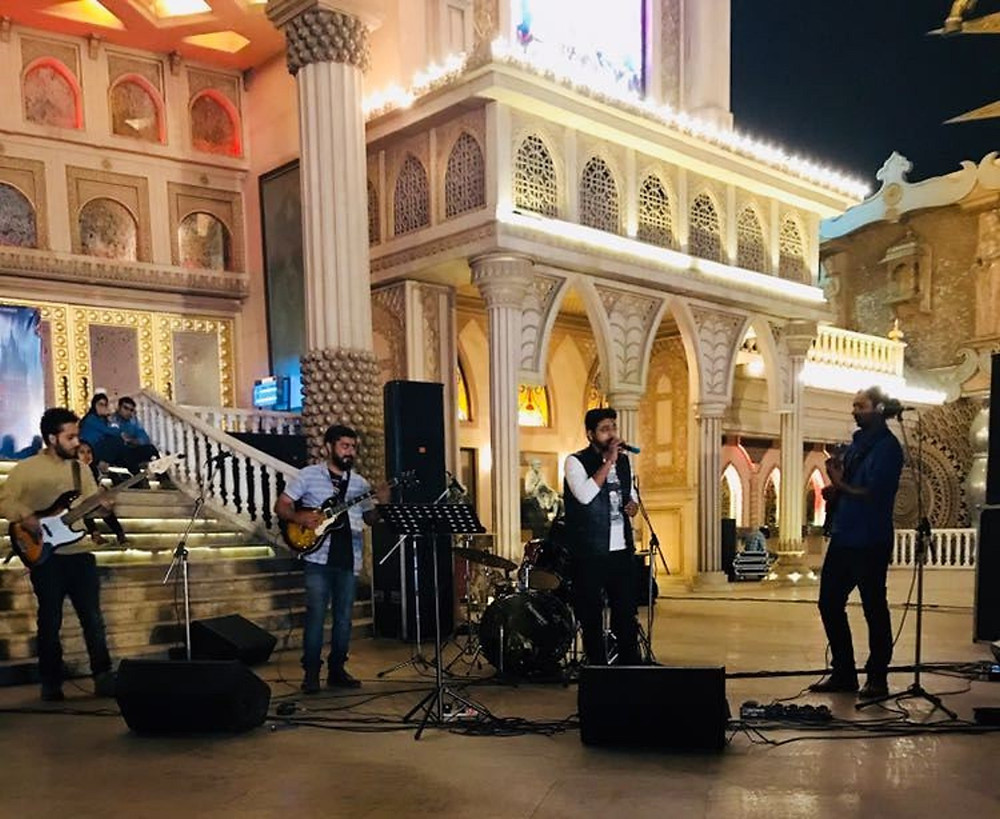 Band performing at The Indian Luxury Expo.jpg